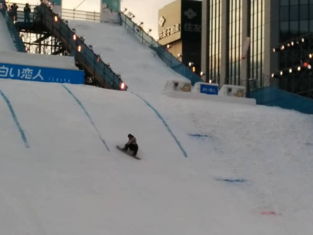 雪祭りスノーボード